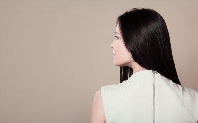 La kératine, un ingrédient puissant pour rendre ses cheveux plus lisses et soyeux.