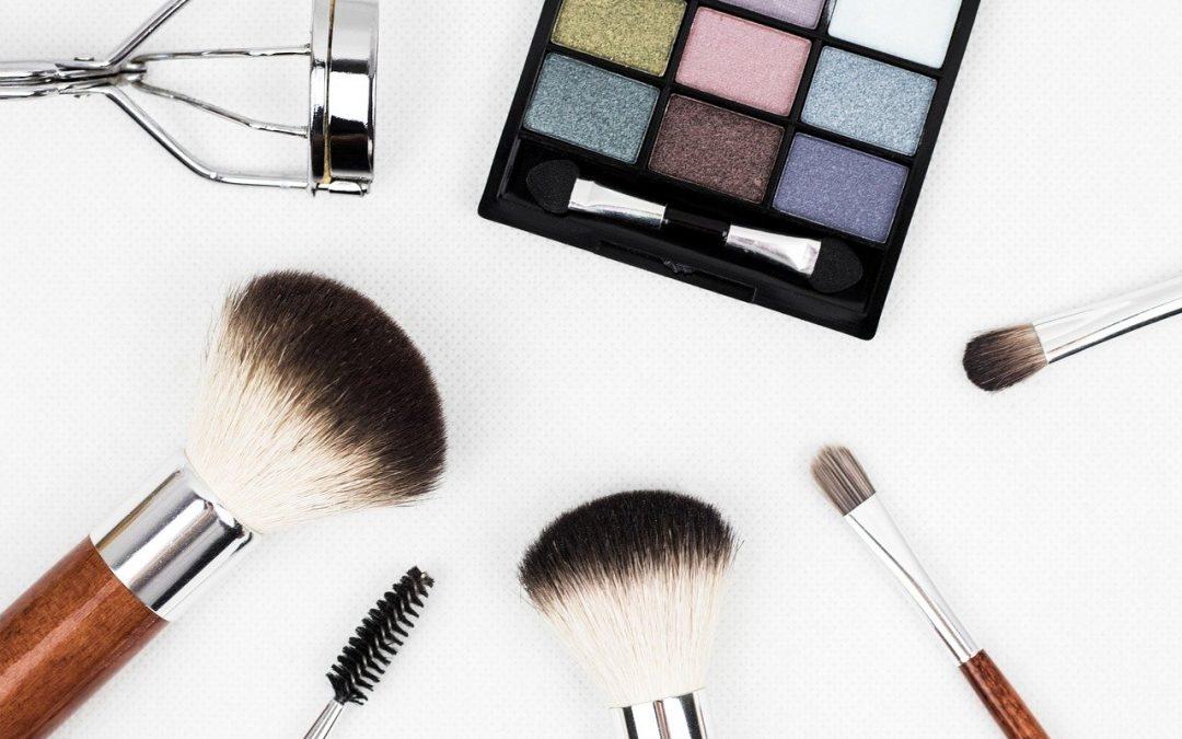 Maquillage pas cher : Top 10 des meilleures marques de maquillage pas cher
