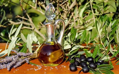 Les bienfaits de l'huile d'olive ( Comment en choisir une qui n'est pas fausse !)